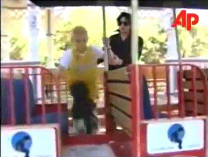 Michael Jackson Gavin Arvizo 2000 Neverland sick krank chemo cancer bald haarlos train