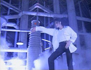 Michael Jackson Pepsi Commercial Dreams 1993 Fabrik Industry dark Dunkel Industrie Jackson Dance Tanz dangerous album cover explained erklärt art Bedeutung meaning Symbole Symbols ryden
